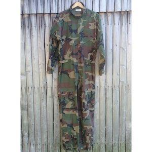 Mens authentic camouflage camo flight jump suit L